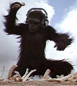 2001 Uma Odisséia no espaço macaco com headphone